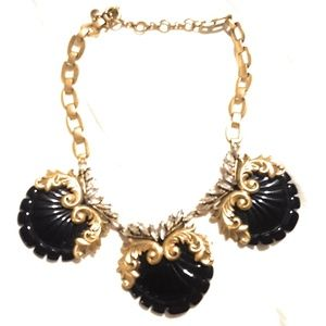 Jewelry - Victorian style Necklace with Brushed gold color